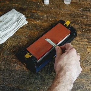How to Sharpen a Pocket Knife With a Whetstone