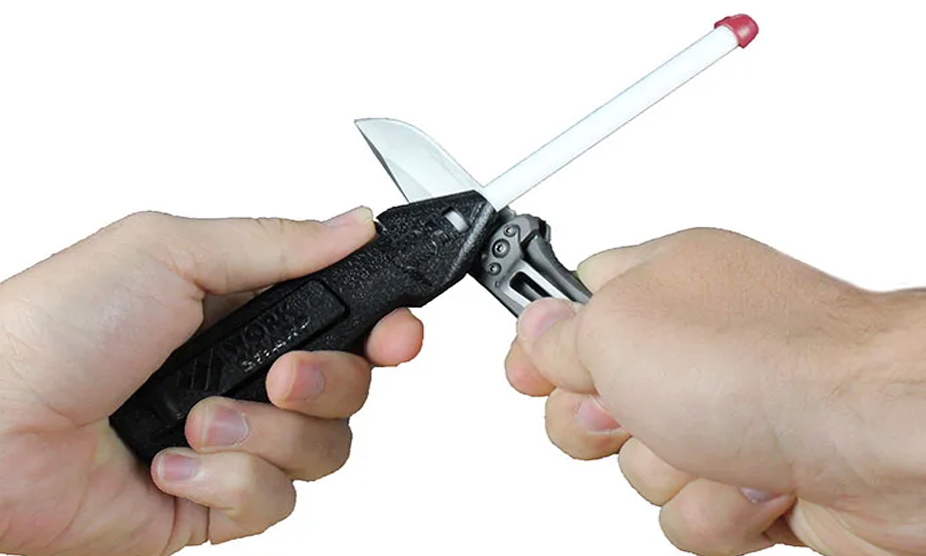 How to Sharpen a Pocket Knife with a Rod